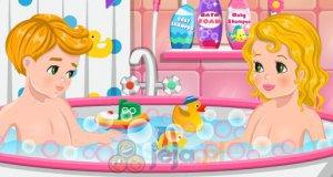 Kąpiel bliźniaków
