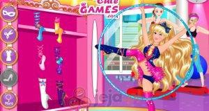 Super Barbie na ćwiczeniach
