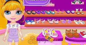 Mała Barbie na zakupach
