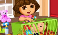 Dora znudzona pracą opiekunki