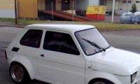 Fiat 126 z silnikiem od Yamahy R1