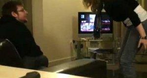 Dziewczyna vs Xbox360