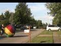Duża piłka vs samochód