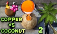 Płynna miedź wlana do kokosa