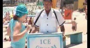 Ukryta kamera - lody na plaży
