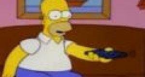 Homer Simpson ogląda TVN24