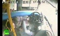 Chiński kierowca cudem uniknął śmierci