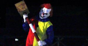 Dowcip z morderczym clownem