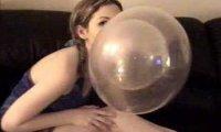 Balony z gumy