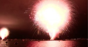 20-Minutowy pokaz fajerwerek... wystrzelony w 9 sekund