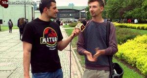 Dlaczego ludzie stali w kolejkach w czasach PRL-u?