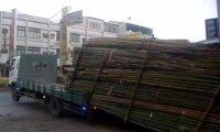 Szybki rozładunek ciężarówki w Chinach