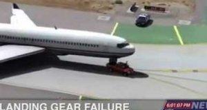 Ciężarówka ratuje samolot
