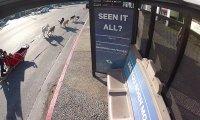 Czekanie na przystanku nie musi być nudne