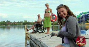 Ukryta kamera - niepełnosprawny na pomoście