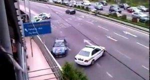 Policyjny pościg na autostradzie