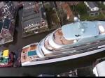 Super jacht w mieście