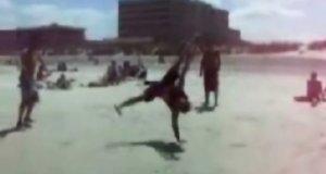 Breakdance na plaży