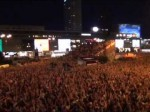 Radość fanzone'a w Warszawie po bramce Kuby Błaszczykowskiego