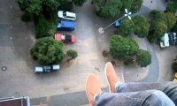 Perfekcyjne lądowanie papierowego samolotu