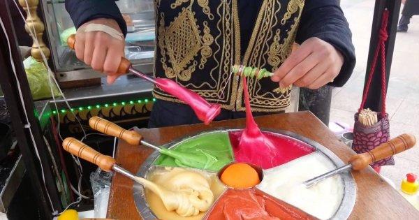 Ręcznie robione słodycze w Turcji