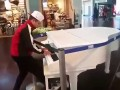 Fortepian w centrum handlowym