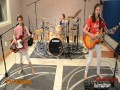 """Trzy dziewczynki coverują """"Enter Sandman"""" zespołu Metallica"""
