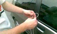 Kradzież samochodu sznurkiem