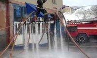 Niesamowity latający strażak