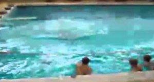 Kompilacja basenowych porażek