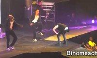 Justin Bieber wymiotuje na scenie
