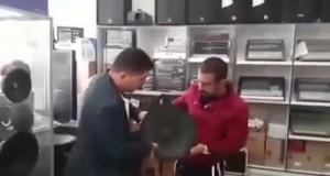 Arabowie testują głośnik basowy