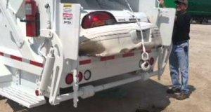 Czy śmieciarka jest w stanie zgnieść auto?