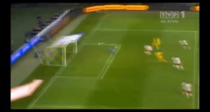 Reakcja kibiców na gola w meczu z Ukrainą