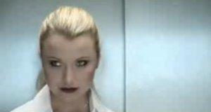Sam na sam z kobietą w windzie
