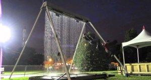 Huśtawka z fontanną