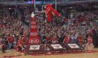 Maskotka Chicago Bulls