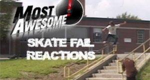 Reakcje skaterów na upadki