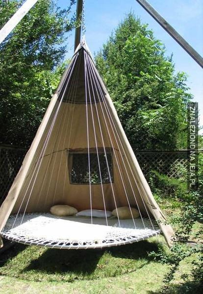 Stara trampolina też się na coś przyda
