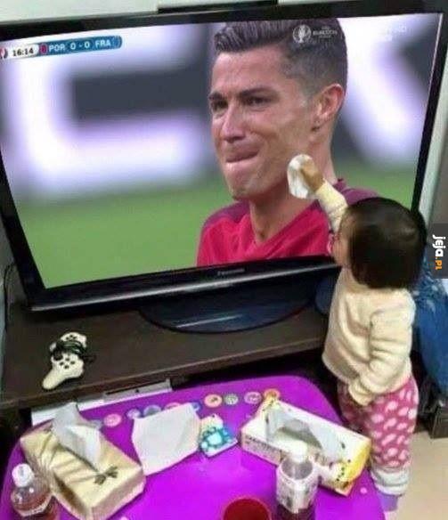 Ronaldo nie płacz ;_;