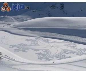 Wspaniałe rysunki na śniegu
