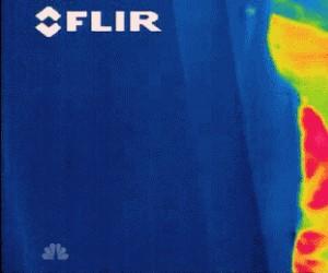 Pierdnięcie okiem kamery termowizyjnej