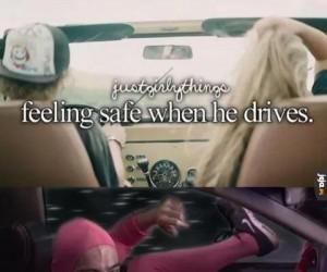 Czując się bezpiecznie, gdy on prowadzi