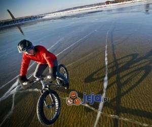 Rowerem po krystaliczny lodzie