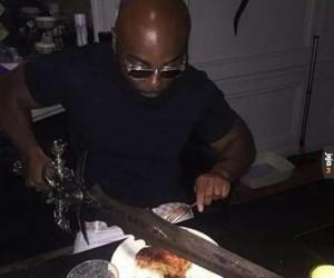 Prawdziwy wojownik nie korzysta z tych małych nożyków!