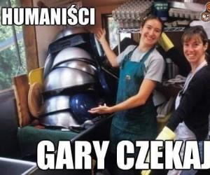 Humaniści...