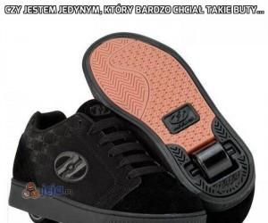 Czy jestem jedynym, który bardzo chciał takie buty...