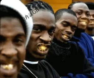 Gangsterski uśmiech