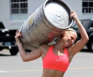 Przynieś piwo kobieto