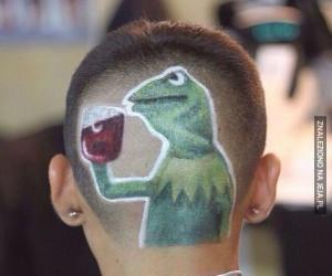 U jakiego fryzjera można taką fryzurę załatwić?